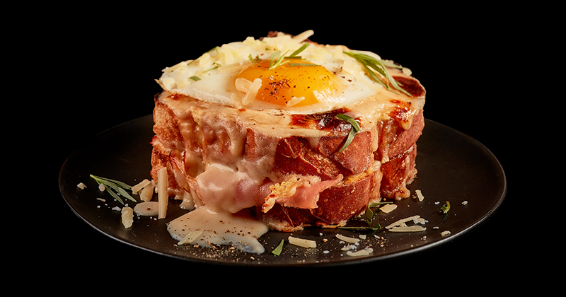 A up-close shot of a croque madam